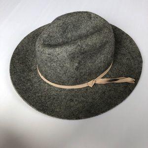 Old Navy Gray Felt Fedora Hat